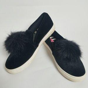 Betsey Johnson Zappp Pom Pom slip on sneakers 6.5